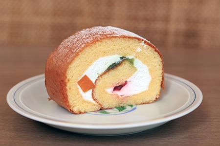 ロールケーキ(フルーツ)